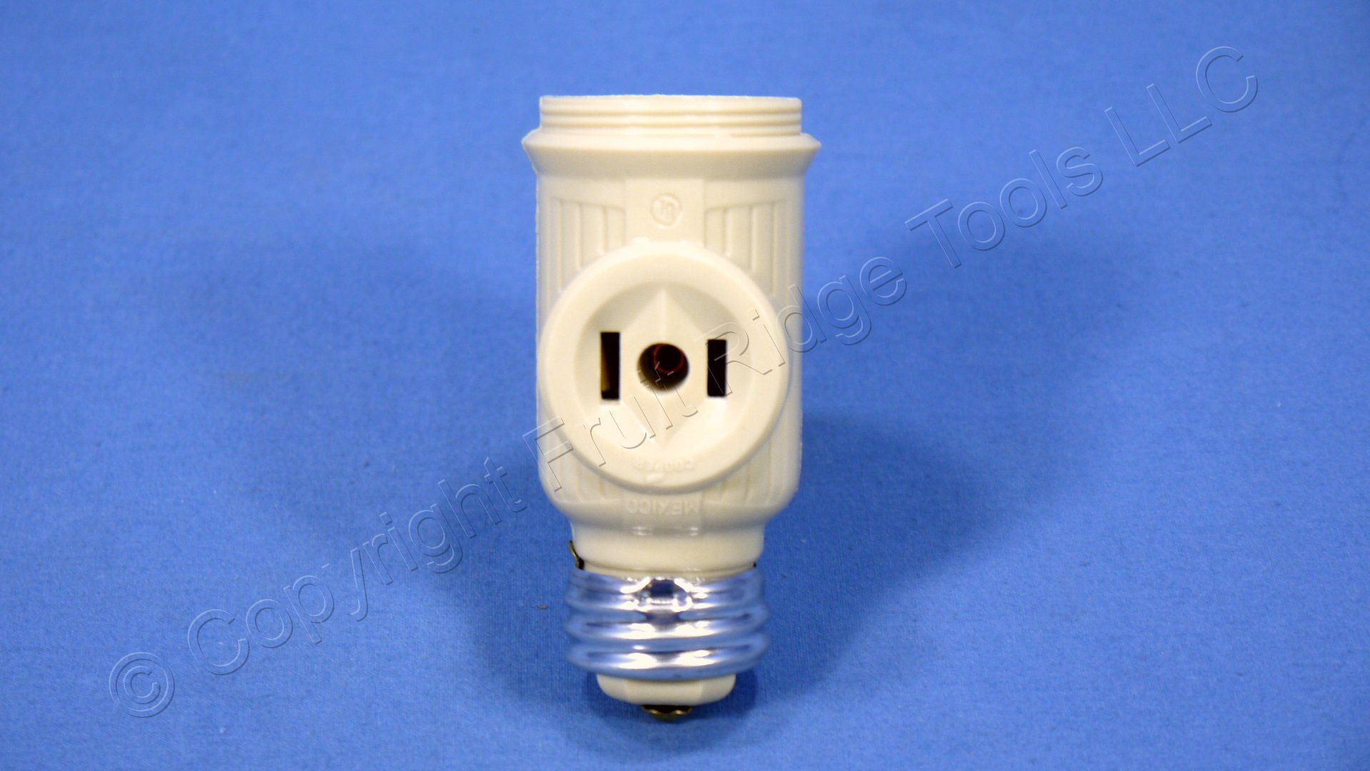 Ace Ivory Keyless Screw In Light Socket Adapter W Outlets
