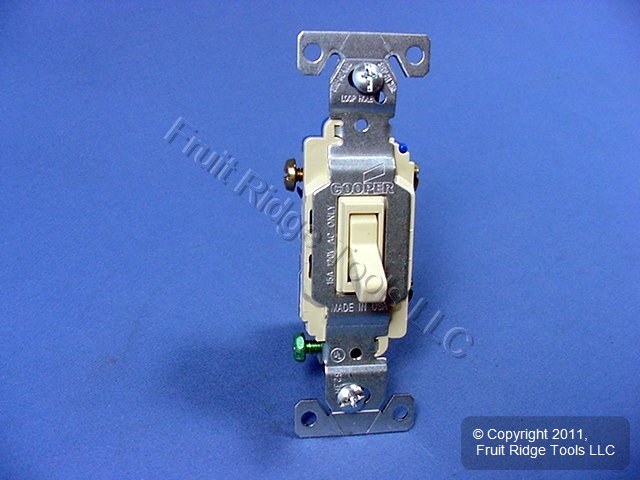 10 Cooper Wiring Devices Ivory Toggle Wall Light Switches 3-WAY Quiet 15A 120V 1303-7V