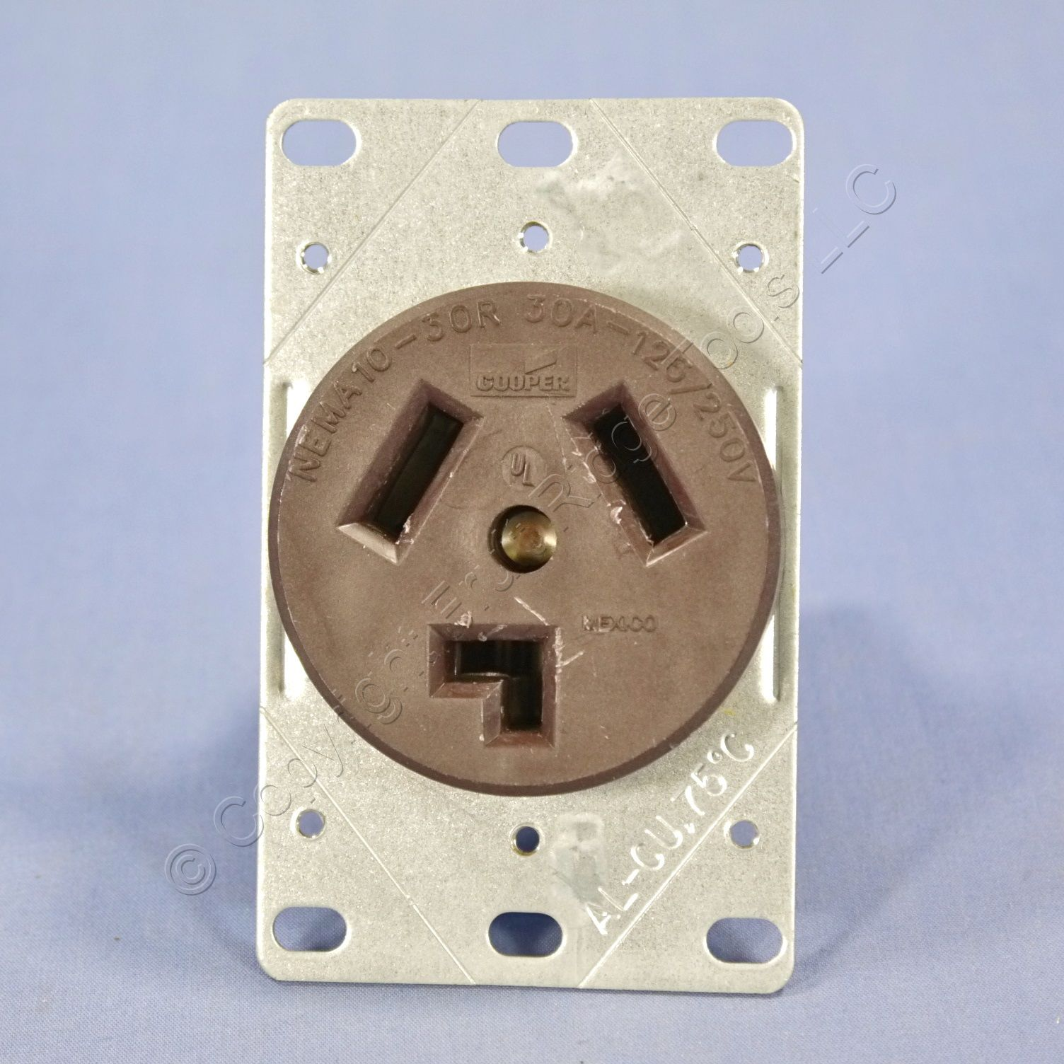 cooper flush mount dryer straight blade receptacle 30a 125