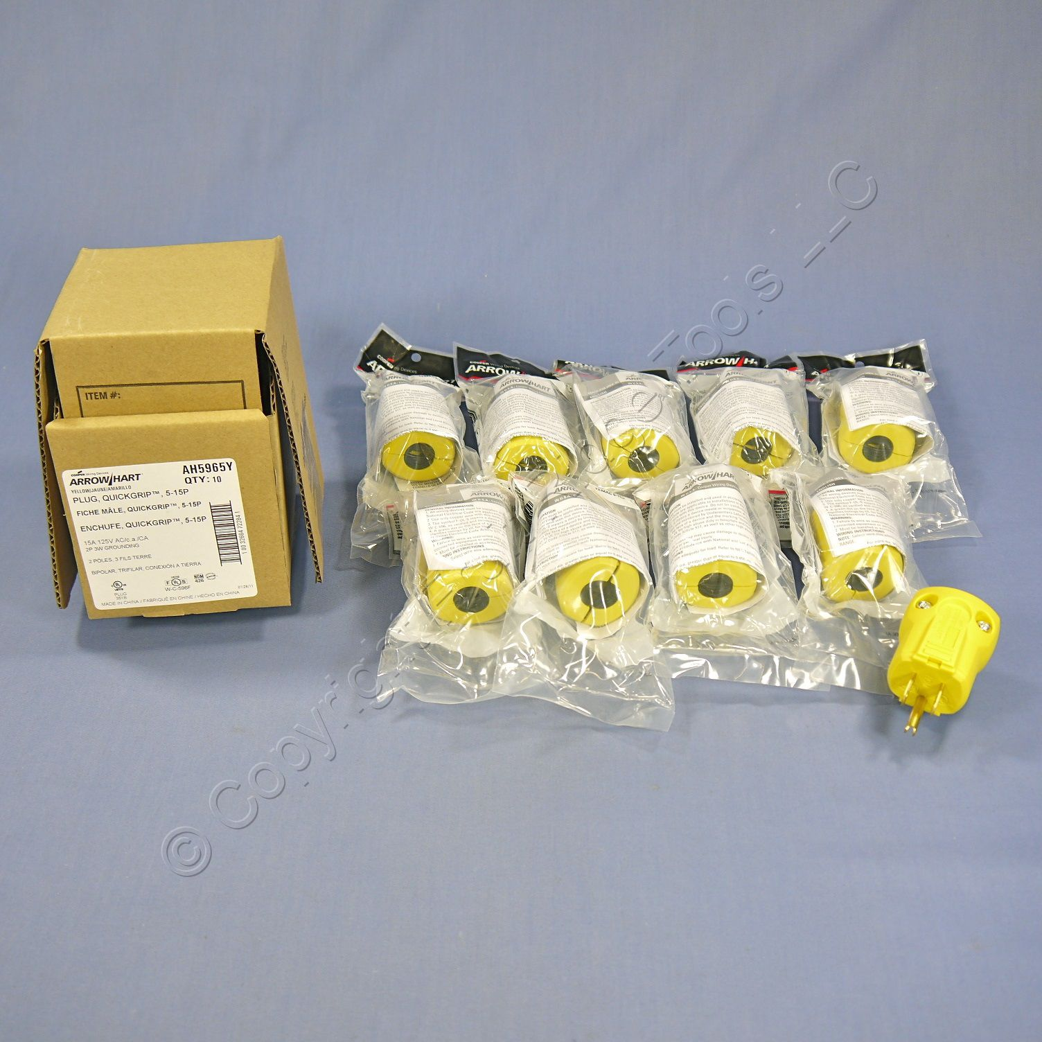 10 Cooper Arrow Hart Yellow QuickGrip Straight Blade Plugs 2P3W NEMA 5-15 15A 125V AH5965Y