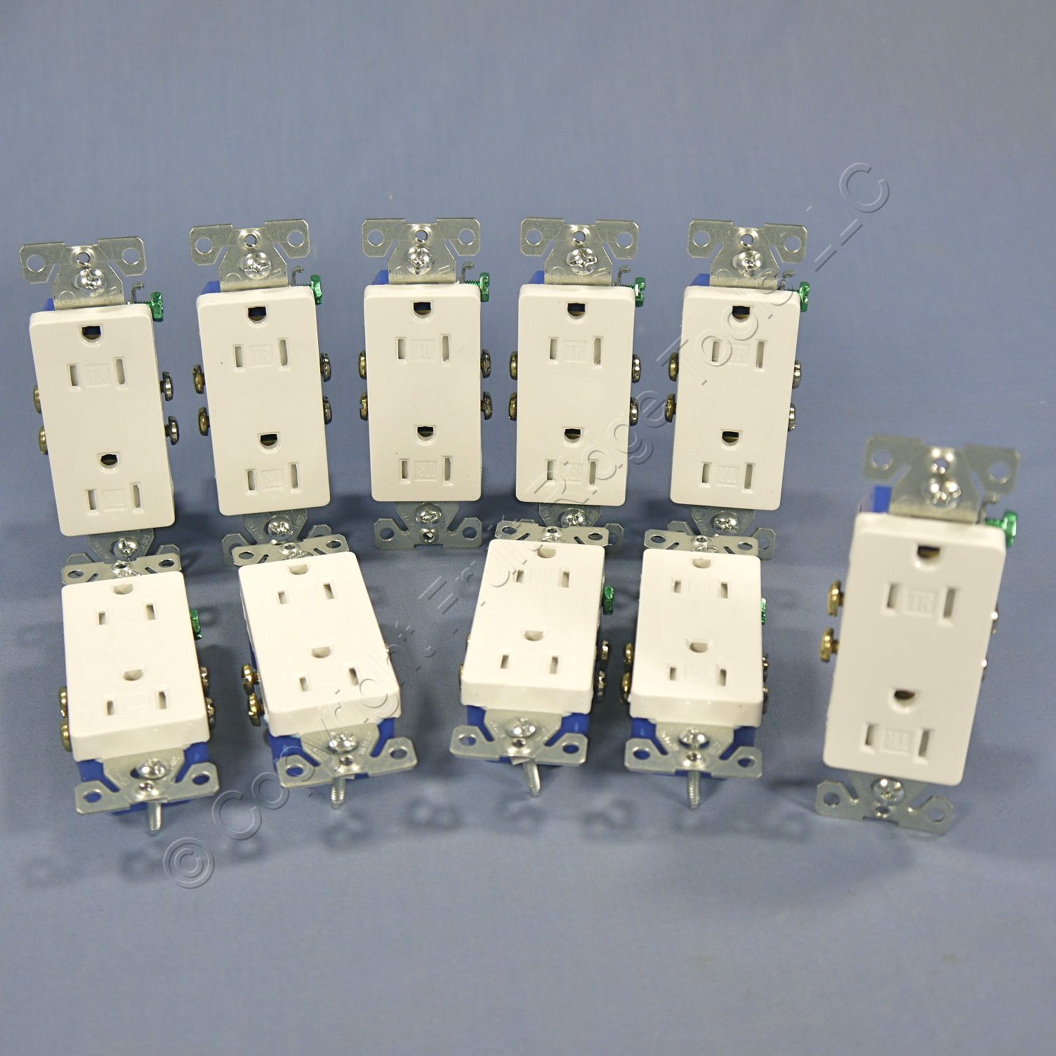 10 Cooper White TAMPER RESISTANT Duplex Receptacle Outlets NEMA 5-15 15A TR1107W