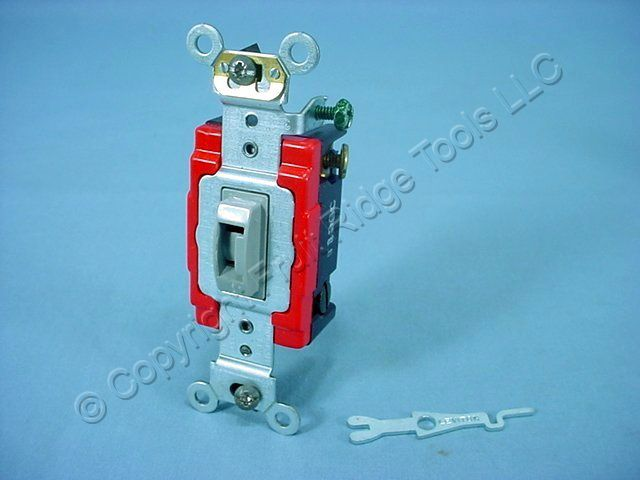 Leviton Gray Tamper Resistant Locking INDUSTRIAL Wall Light Switch Keyed 4-Way 20A 1224-2GL
