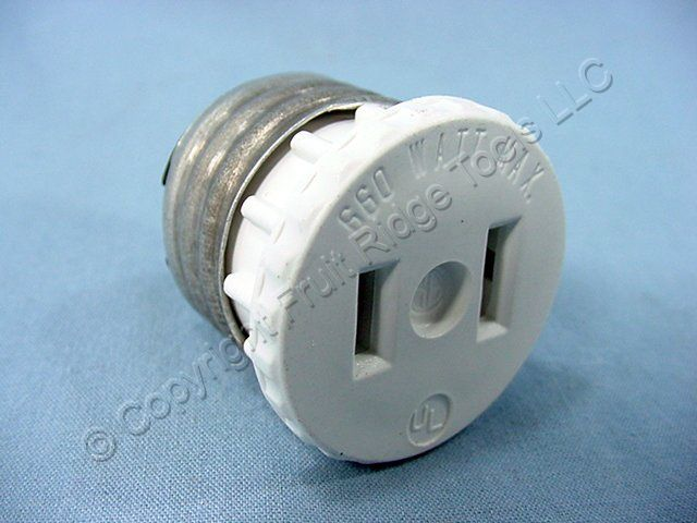 2 Leviton Light Socket Outlet Plug Lamp Holder Adapters 125-W