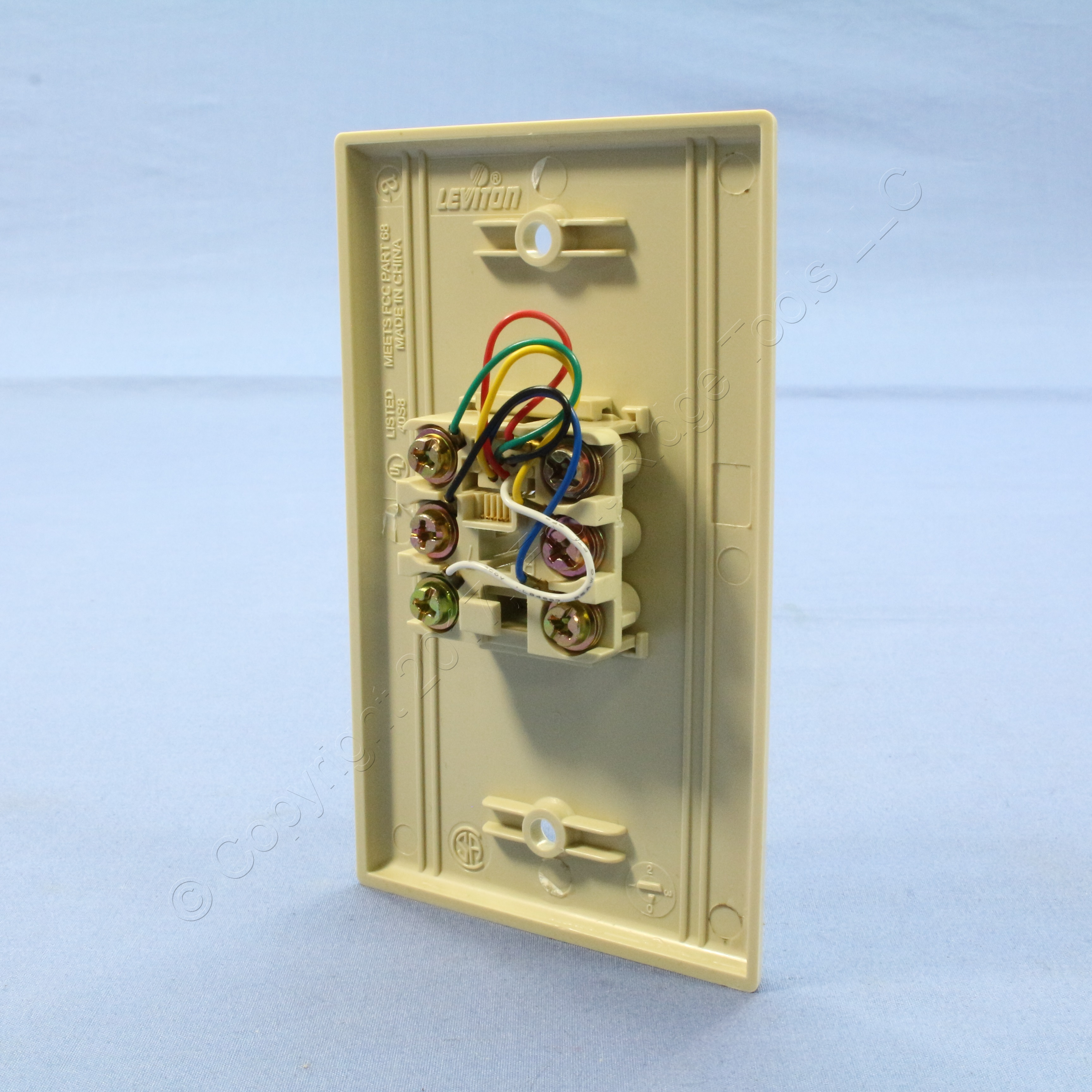 leviton ivory 6 wire modular jack telephone wall plate cover type 625b4 40238 i ebay. Black Bedroom Furniture Sets. Home Design Ideas